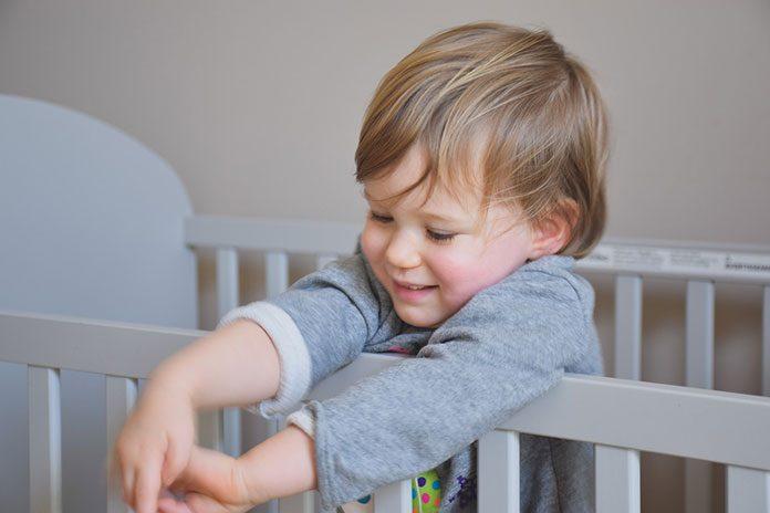 Wirus czy bakteria – dziecko w ogniu gorączki