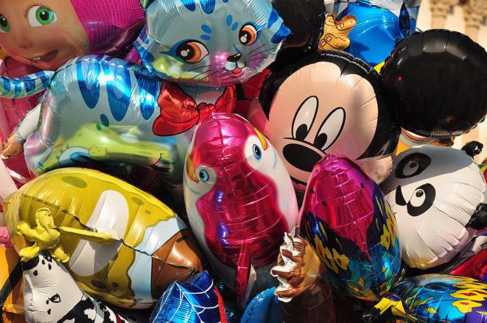 3 zabawy dla dzieci w których można wykorzystać balony