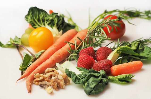 Czy warto jeść ogórki zielone?.