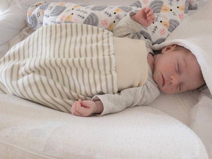 Śpiworek dla niemowlaka - jak wybrać?