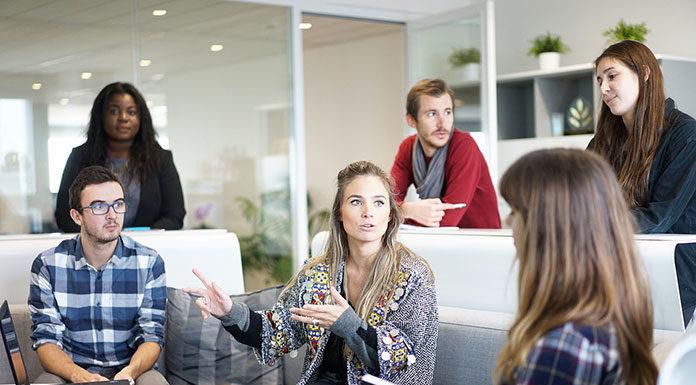 Jak nagradzać pracowników tak, by chcieli zostać w firmie?