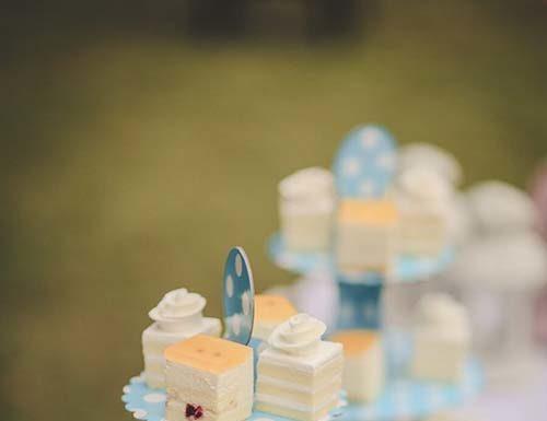 Jak prestiżowo serwować ciasta i desery?