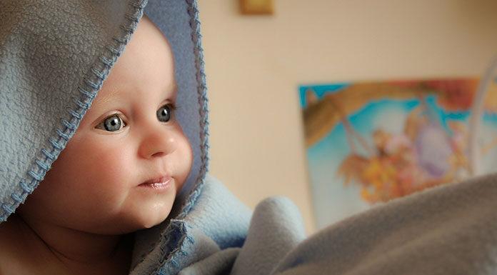 Sprawdź, co musi się znaleźć w wyprawce dla noworodka